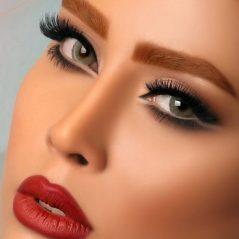 نکاتی مهمی که دختران جوان باید در موقع آرایش بدانند؟